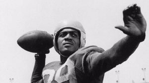 Kenny Washington, Black athlete, Black football player, Black half-back, Black History, Black History 365, DDH: Daily Dose of History, We Buy Black, 4 The Culture app