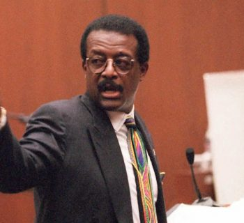 Johnnie Cochran, Black lawyer, Black attorney, Black History, Black History 365, DDH: Daily Dose of History